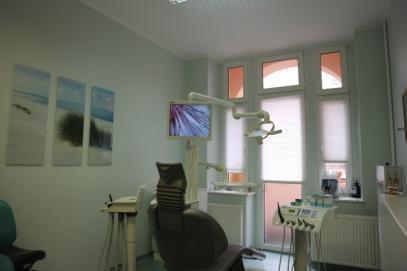Behandlungszimmer Zahnarztpraxis Stahnke